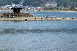 【2013年富士山異常現象・河口湖水位低下2・六角堂】